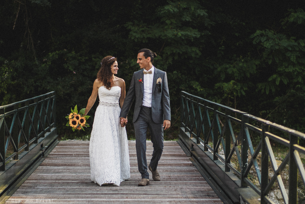 Passeggiata degli sposi, fotografo matrimonio ricevimento ponte del vegnuti, ceserano