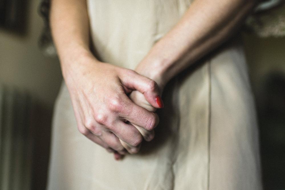 Dettaglio sulla sposa matrimonio ricevimento terre di nano