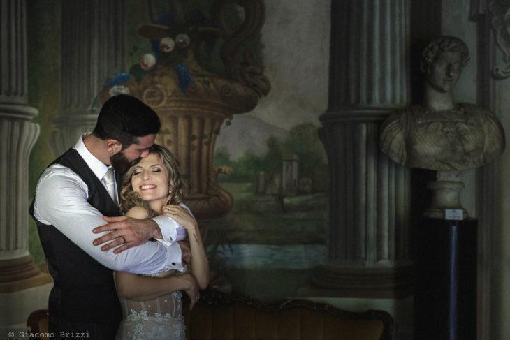 Matrimonio San Giuliano Terme, Pisa. Gli sposi abbracciati. Giacomo Brizzi Fotografo